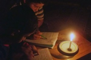 25.11.13 Gaza Candles